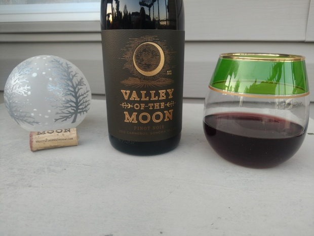 ValleyOfTheMoonWineDisplay1