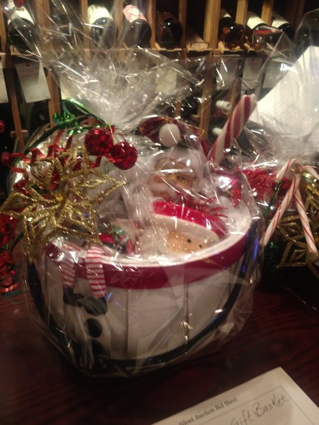 JingleBellGiftBasket2